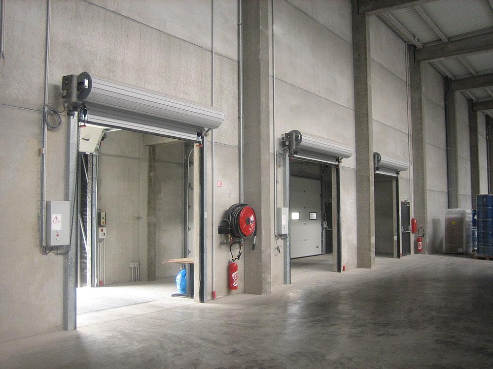 ERRECE - Puertas industriales y sistemas de carga