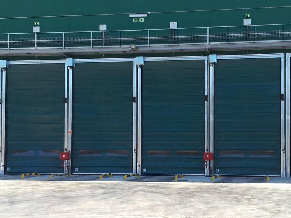 Puertas y sistemas de carga en Planta de tratamiento de residuos